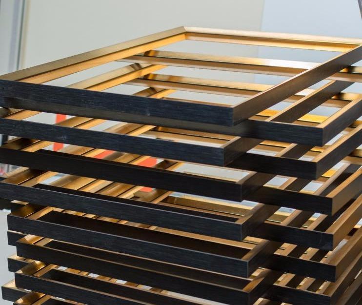 encadrement sur mesure paris cadre roussin sarl. Black Bedroom Furniture Sets. Home Design Ideas